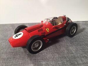 Ferrari Dino 246 Mike Hawthorn Formel 1 1958 von CMR mit OVP in 1:18