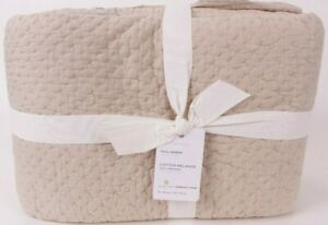 Pottery Barn Handcrafted Melange Cotton FQ quilt, flax, full queen f/q
