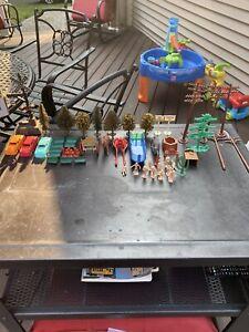 Plasticville Accessories/Buildings