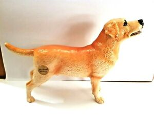 BESWICK  Ceramic Dogs 2018 -LABRADOR - Yellow