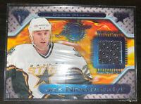 2000-01 Pacific Titanium Game Gear Joe Nieuwendyk #90 Jersey Card Dallas Stars