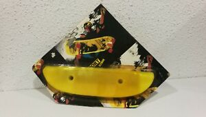 VINTAGE SKATEBOARD YELLOW TAIL GUARD SAVER - OLD SCHOOL - BLISTER - SPORT SKATES