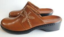 NWOT Brown Leather Clarks Clogs Slip On Platform Shoes Size 10M Brazil