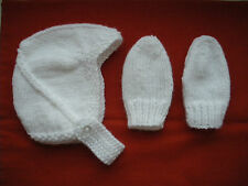 Hand Knitted Baby Chapeau et mitaines-Naissance à 3 mois blanc