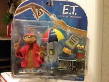 E.T. Interactive Figure w/Communicator 2001 Toys R Us Exclusive
