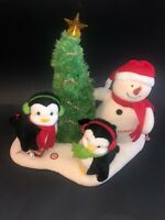 Hallmark Jingle Pals 2006 Very Merry Trio Plush Singing Snowman Penguins