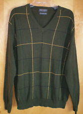 NWT mens size M olive green LYLE & SCOTT v-neck sweater free shipping $60