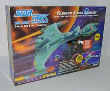 1993 Playmates STAR TREK Next Generation Klingon Attack Cruiser complete in box