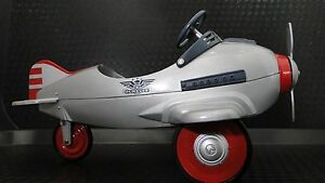 """Pedal Car Plane WW2 Metal Ford Aircraft P51 Mustang 1967 """"Too Small to Ride-On"""""""