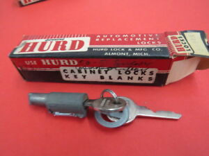NOS 1950 1951 Lincoln trunk lock cylinder  G-2-7