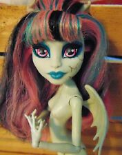 Monster High Rochelle Goyle Zombie Shake Nude Doll OOAK Or Play