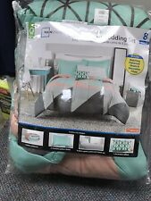 Mainstays Gray & Teal Queen Size Bed In A Bag Comforter Set. 8 Piece set.