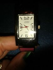 LADIES WRISTWATCH WITH PINK BANGLE FITS ALL