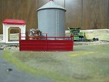 1/64 Custom Scratch-Cast Cattle Long Alley - Red