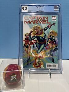 Captain Marvel # 1 Alex Ross Variant 2019 CGC 9.8 (WP)