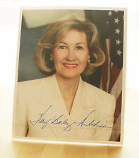 TEXAS SENATOR KAY BAILEY HUTCHISON PHOTO Authentic Hand Signed