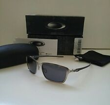 NIB OAKLEY TINCAN CARBON FIBER Satin Chrome / Grey Iridium Sunglasses blade wire