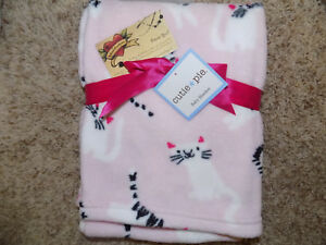 CUTIE PIE BABY BLANKET WHITE KITTY CATS ON PINK SOFT FLEECE GIRL BLACK ACCENTS