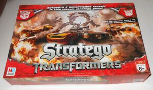 Autobots & Decepticons Faceoff Stratego Transformers Strategy Board Game MB 2007