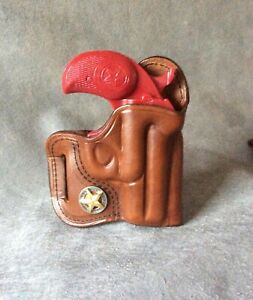 """Bond Arms 3.5"""" OWB Avenger Style Holster w/Texas Star Concho by ETW Holsters, NC"""