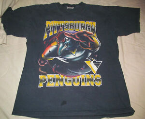 Original 1990s Vintage PITTSBURGH PENGUINS Angry penguin graphic Shirt L Large