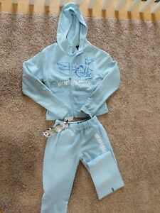 South Pole  BUGS BUNNY  2 piece jogger NWT.. L zip up jacket.. M pants.. RARE
