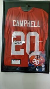 Earl Campbell Legendary Heisman Trophy Winner and Texas Longhorn! Awesome!!!!!!