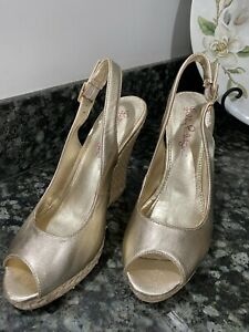 Lilly Pulitzer Gold Leather Wedge Shoes 6.5