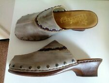 RIEKER natural leather clog style shoes. UK 5. Lovely multicolour design. BNIB