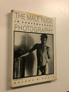 The Male Nude In Contemporary Photography by M Davis - Pub: Temple - 1991 - HB