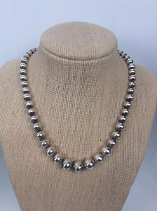 Tiffany And Co  sterling silver 925 Graduated Round Beads Necklace