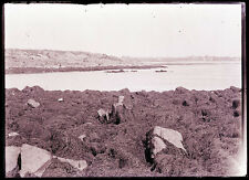 LATE1800s GLASS NEGATIVE, YORK BEACH, MAINE. COVE, SEAWEED ON ROCKS, BUILDINGS