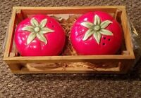 Vintage Russ Berrie Tomato Salt & Pepper Shakers Ceramic Hand Painted No 15099