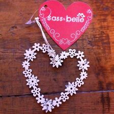 Vintage Daisy Heart Shabby Chic Decoration White Sass & belle