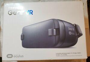 Samsung Gear VR Powered by Oculus (SM-R323)