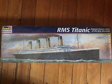 Revell RMS Titanic Model Kit Scale 1:570 Age 10+ Skill Level 2 (1998)