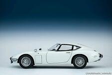 AUTOart 1/18 Toyota 2000GT wire spoke wheel version (White) model Diecast