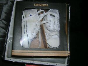 Boxed Baby white Converse 1st All Star Crib Pram Shoes Boots Size 2 Euro 18