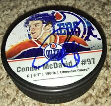 Connor McDavid Signed Picture Hockey Puck Oilers with Exact proof