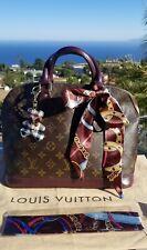 100% Authentic Louis Vuitton Alma P