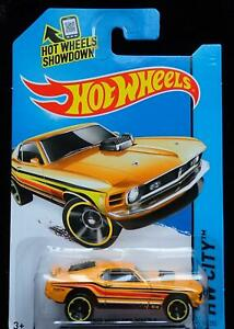 HOT WHEELS '70 FORD MUSTANG MACH 1 - BRIGHT ORANGE & RED & BLACK STRIPES - NEW