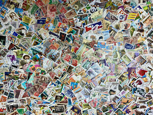 Australia Collection Of 1,750 Different Used Stamps ~ $1,000 Catalog Value ! ! !
