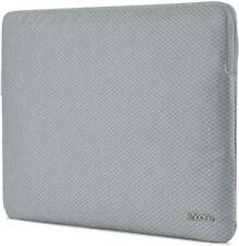Incase Slim Sleeve with Diamond Ripstop for 15-inch MacBook Pro - Cool Grey