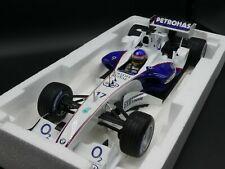Minichamps 1:18 Jacques Villeneuve BMW Sauber Launch car F1 2006 BMW team box