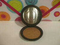 BECCA ~ SHIMMERING SKIN PERFECTOR PRESSED POWDER ~ TOPAZ ~ 0.28 OZ UNBOXED