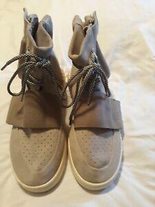 Adidas Yeezy Boost 750 OG Gray Gum Size 11