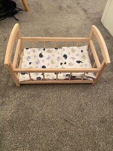 Wooden Rocking Dolls Cot/Crib Very Good Condition Dolls Crib
