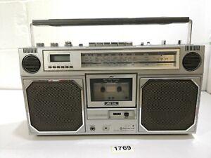 Hitachi TRK-8130 Stereo Radio Cassette Recorder Boombox Ghetto Blaster #1769