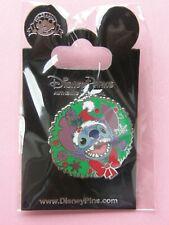 Pin's Stitch pére noel n°2, Disney (Cadeau Ideal Pour Noel)