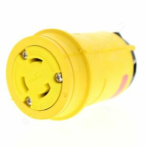 New Cooper Watertight 3-Pole 3-Wire 30A 125/250V Yellow Locking Connector 3333CY